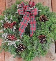 designer-christmas-wreath-675
